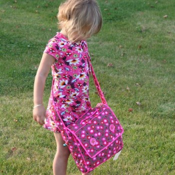 Child with Shoulderbag Coquelicot